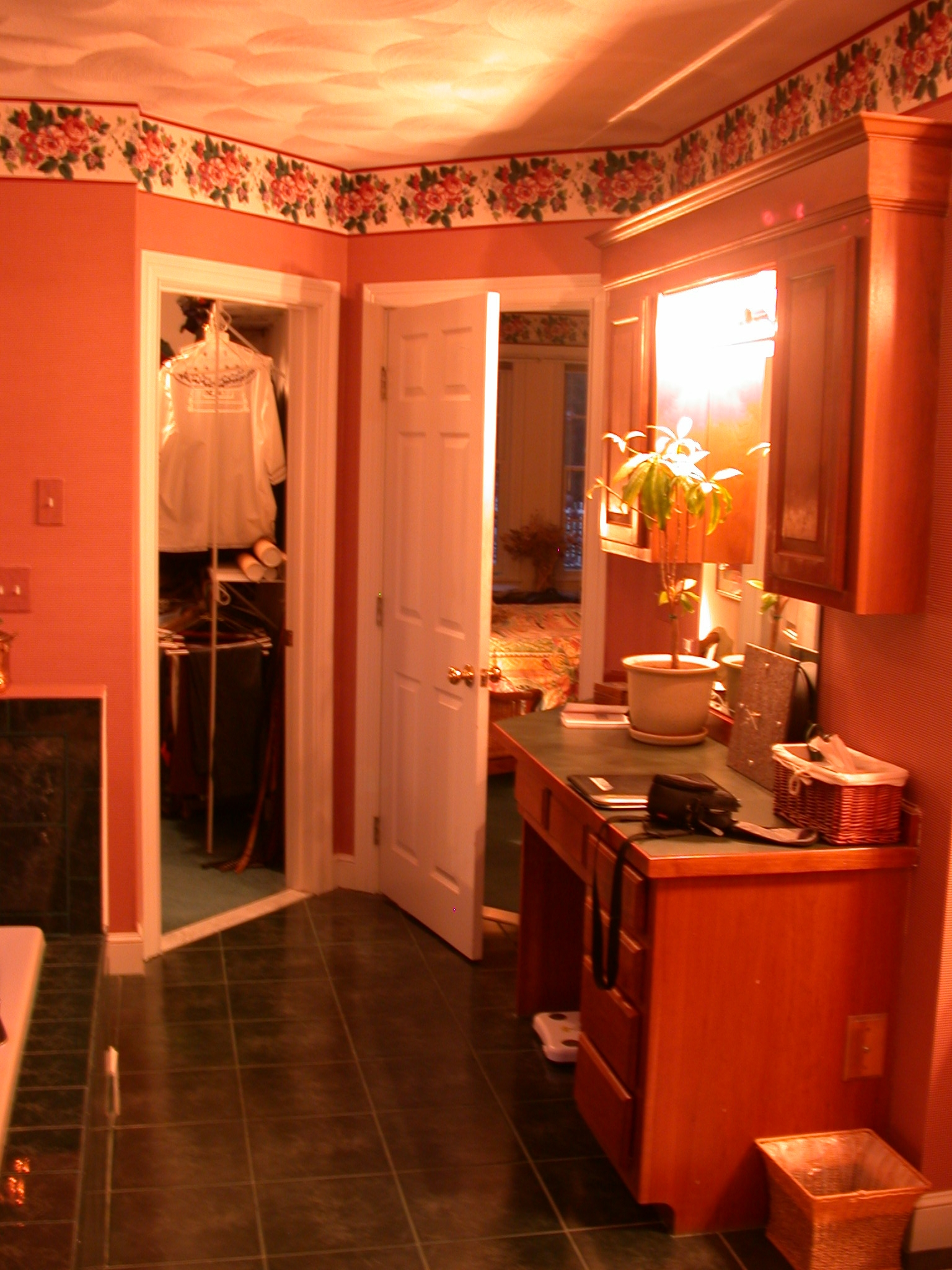 BEFORE: MASTER BATHROOM